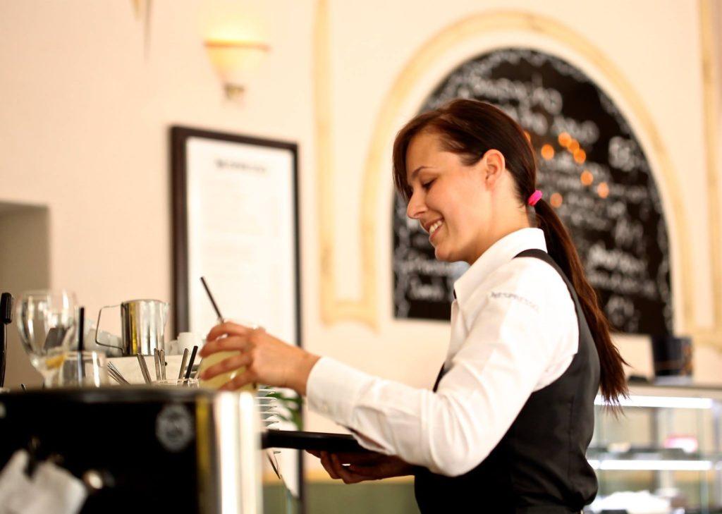 Mit diesen fünf Tipps sparen Sie im Restaurant Geld auf geldsparblogger.de